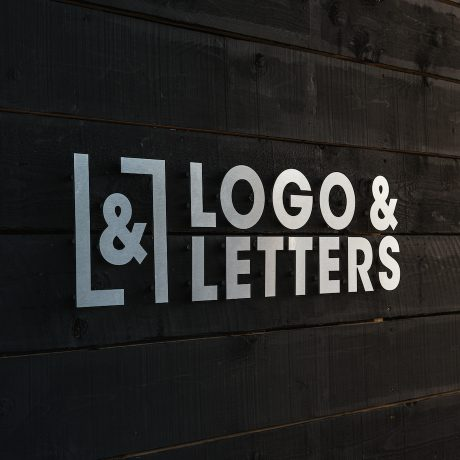 geborsteld-aluminium-logo